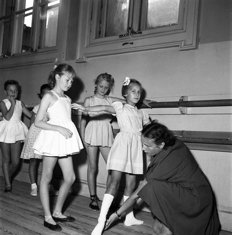 balettelevskolan-flickor